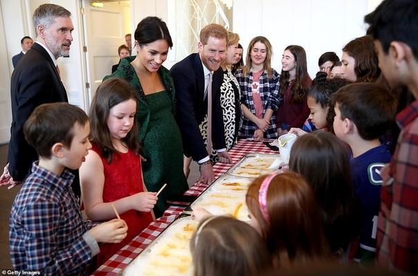 В стиле королевы Елизаветы: Меган Маркл дала старт празднованию Дня Содружества в Лондоне