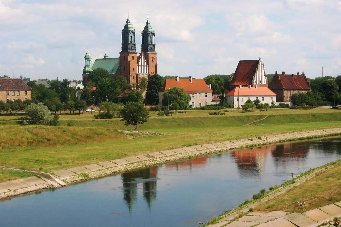 jnpQrao40d0 Познань - столица Великой Польши.