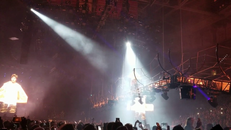 Twenty One Pilots - Pet Cheetah - B Stage barricade - June 11 2019 - Raleigh NC - PNC Arena