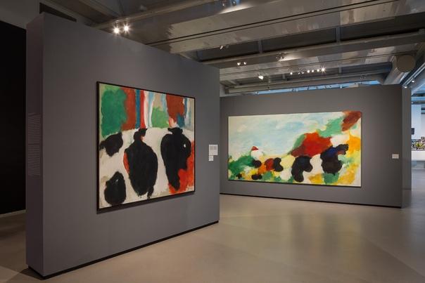 Эжен Брандс (нидерл. Eugène Brands; 15 января 1913-2002, Нидерланды), голландский художник-экспрессионист, участник движения КОБРА.
