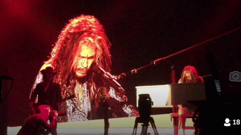 Steven Tyler, Out On A Limb, The Venetian Theatre, Las Vegas NV - July 2, 2016 ~ with Loving Mary