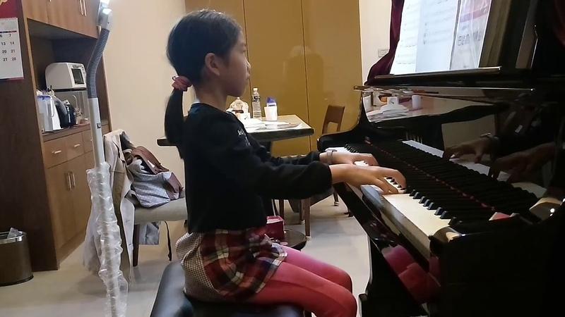 1y4m 彩 小二 貝茲兔的初級鋼琴,No 9 壞掉的鋼琴