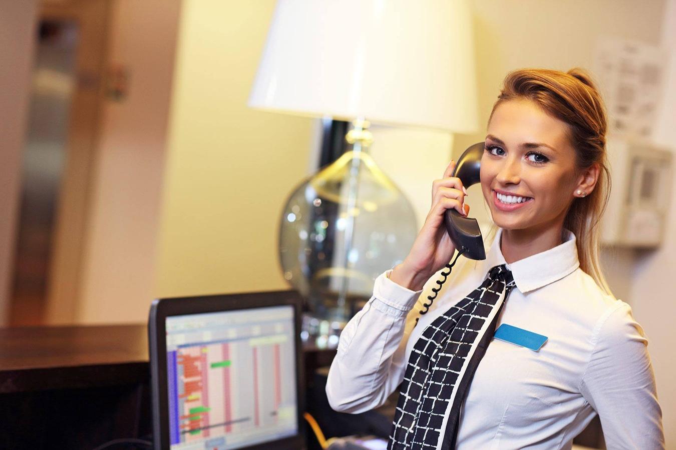 Девушка на ресепшен работа работа в красноярске вакансии для девушек