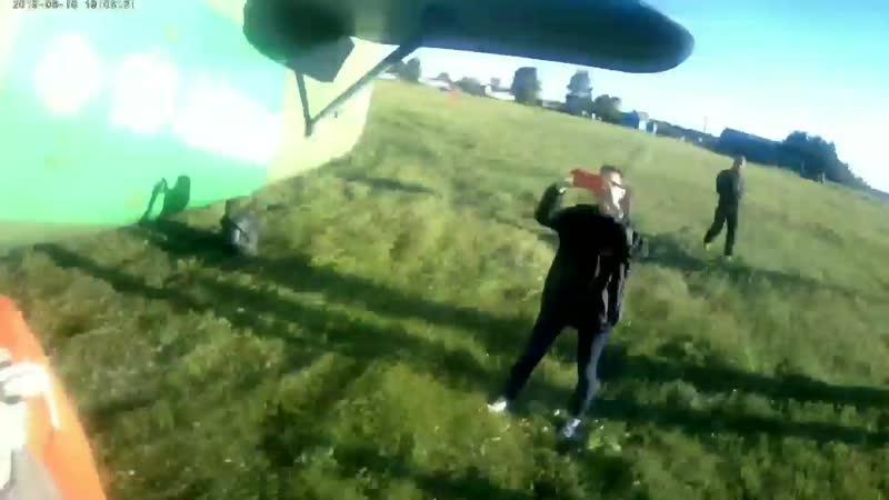 прыжок с парашютом от первого лица) 800 метров 😌🤪 я полюбил небо 😁