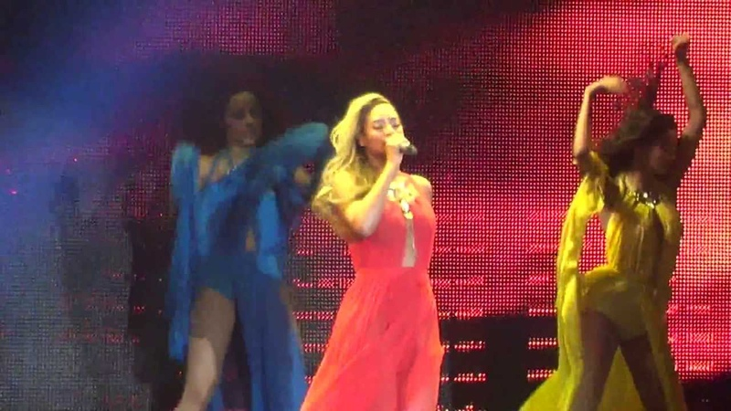 Beyoncé- Standing on The Sun Live (Belgium, Antwerp Sportpaleis) 310513