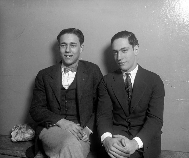 Леб и Леопольд: Супермены из Чикаго. Термин «трилл киллинг» (убийство для возбуждения) появился в криминалистике совсем недавно - в середине двадцатых годов прошлого века. Потому что только так