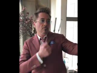 Роберт Дауни мл. флексит в Сеуле (VHS Video)