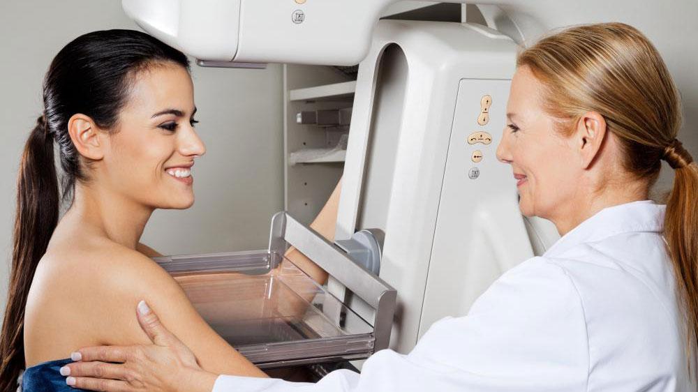 Маммограммы используются для выявления рака молочной железы.