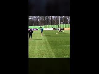 Frenkie de Jong saving De Ligt's shot during training