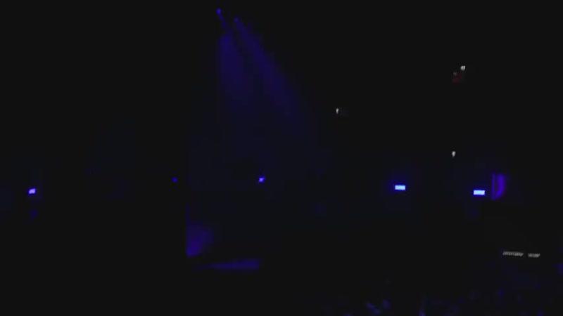 Linkin Park-Sharp Edges (Live in Amsterdam 20.06.17) (480p).mp4
