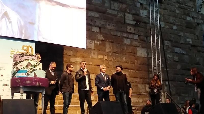 Il messaggio di Batistuta ai fiorentini per i suoi 50 anni