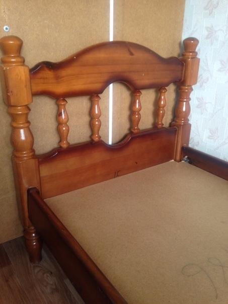 Продам кровать деревянную б/у в отличном ...   Подсмотрено
