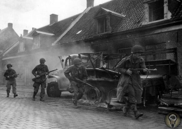 Почему союзники не штурмовали Берлин В мае 1945 года столицу Третьего Рейха штурмом взяли бойцы Красной армии. Берлин продержался всего семь дней. Вспомните сколько оборонялся Севастополь,