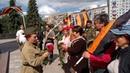 2 10 Возложение цветов и сбор земли для Капсулы Победы Площадь 30 летия Победы