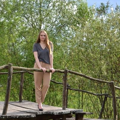 Лера Линяева