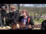 Легендарный российский рок-музыкант Борис Гребенщиков был в Тбилиси вместе со своей группой
