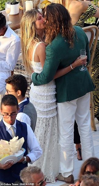 Хайди Клум и Том Каулитц устроили предсвадебную вечеринку на легендарной яхте В эти выходные 46-летняя Хайди Клум и 29-летний Том Каулитц сыграют свадьбу: супруги, которые зарегистрировали свои