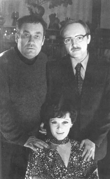 """Эльдар Рязанов, Андрей Мягков и Алиса Фрейндлих на съёмках фильма """"Служебный роман"""", 1977 год"""