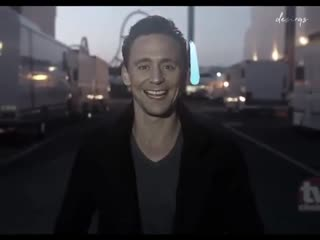 › tom hiddleston