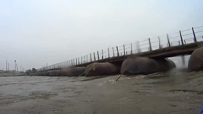 Западня под мостом Сплав по Ганге