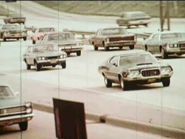 70'S FORD- CAR ASSEMBLY LINE PLANT L.T.D. DETROIT