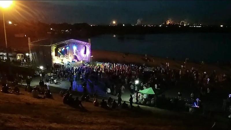 Магнитогорск окончание празднования дня России салют фейерверк 12 06 2019