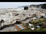 Ocean Overtops Wall - Japan Tsunami - La vid