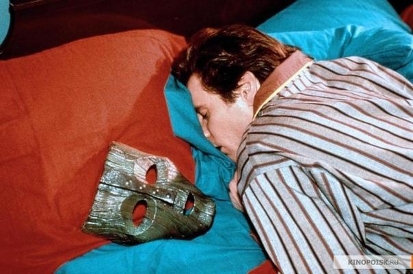 10 интересных фактов о фильме «Маска» 17 января 1962 года в канадском городе Ньюмаркет родился будущий талантливый комик и драматический актер Джим Керри. Фильм «Маска» одна из самых ярких ролей