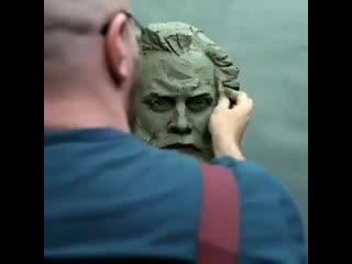 Incredible sculpting 😱