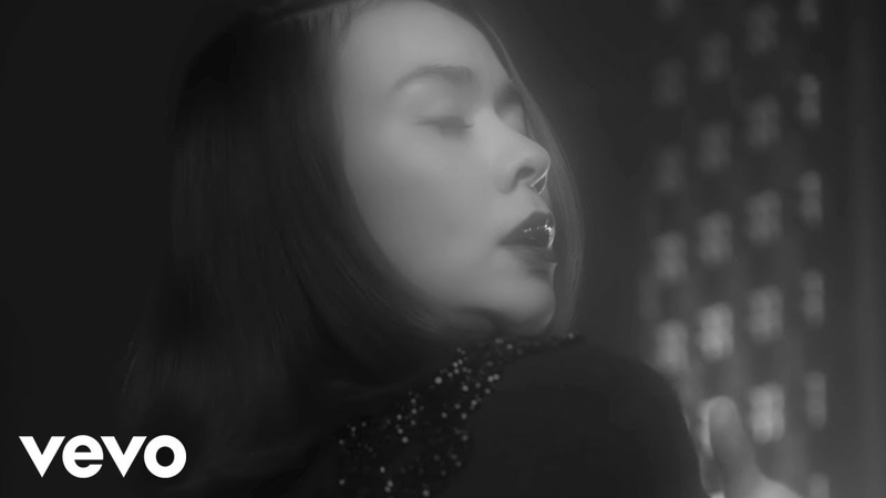 Mitski Washing Machine Heart Official Music Video