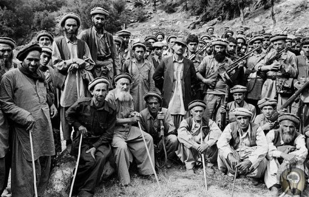 АФГАНИСТАН ПРОКЛЯТИЕ СТРАН ЗАПАДА Как и всякая страна вне европейского континента, Афганистан однажды стал лакомым куском для мировых держав. Повышенное внимание к этому государству объясняется