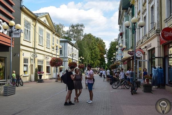 БАЛТИКА 3000. ПУНКТ 7-Й - ЮРМАЛА. На Рижском взморье, всего в двадцати пяти километрах от Риги находится небольшой, но о-о-очень популярный курортный городок. Кстати, в переводе с латышского