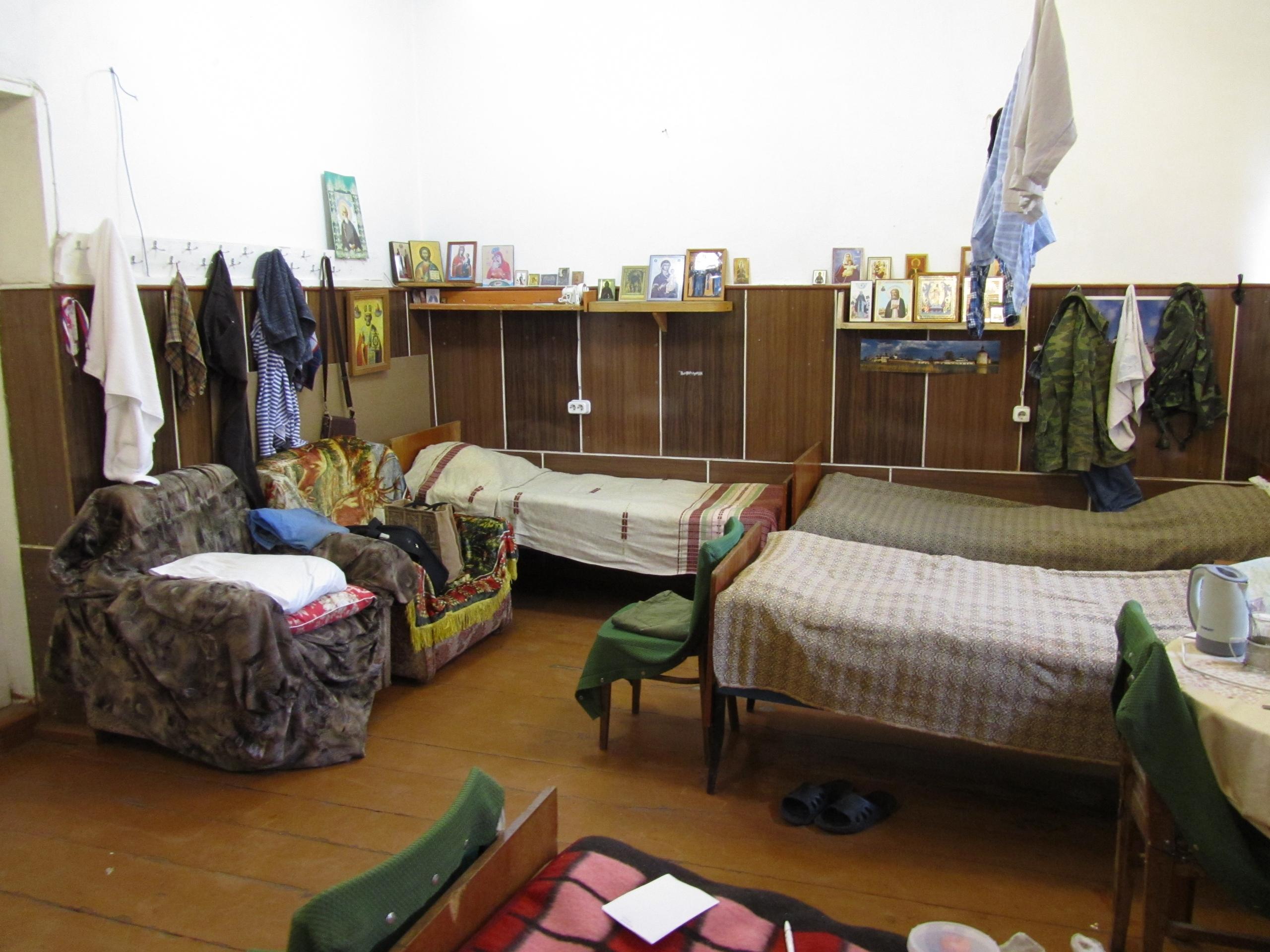"""Комната для паломников и """"трудников"""" мужского монастыря"""
