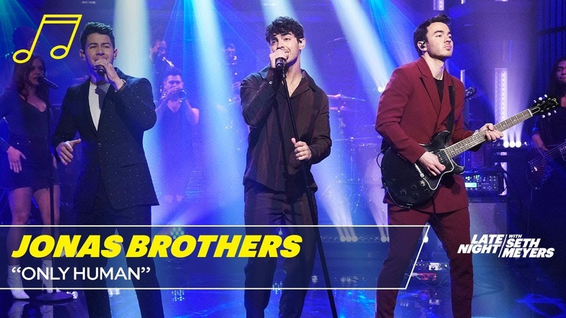 Jonas Brothers - Only Human (Late Night with Seth Meyers)