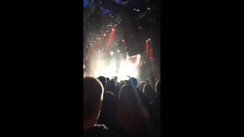 Кузя Баркер — Live