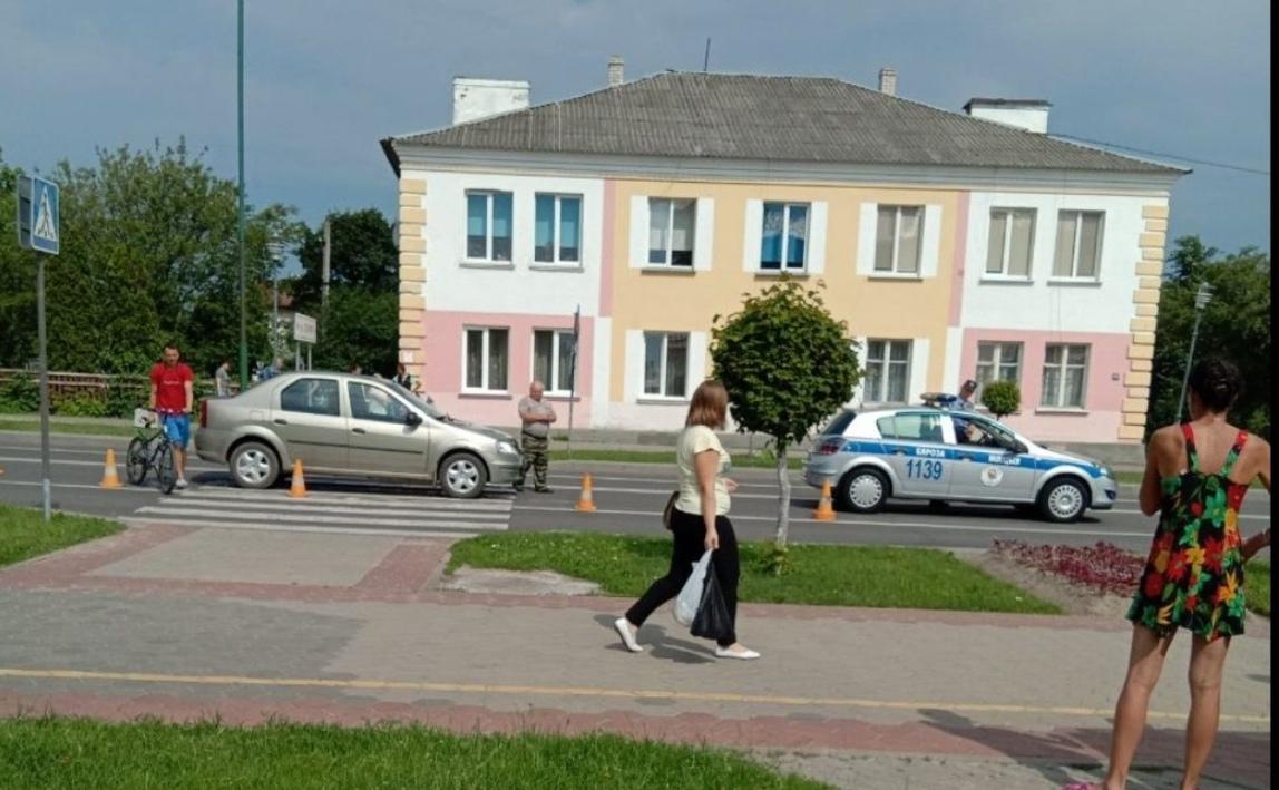 В Берёзе на переходе автомобиль сбил девочку (жива, без серьёзных травм)