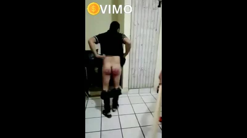 Девушка снимает парню штаны видео онлайн