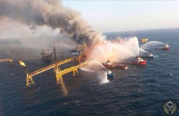 Взрывы на нефтяных платформах