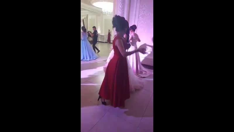 Танцы шманцы💃💃😂 Graduate 2k19💞