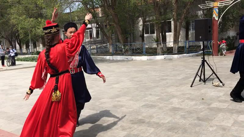 Калмыцкий народный танец Шарка Барка