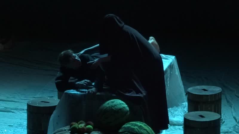 19 04 2019 САТД им М Горького Прощание со спектаклем Панночка Нины Садур Полёт