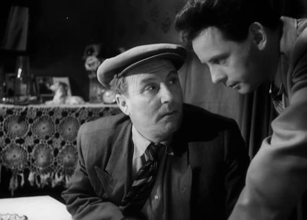 ВСЕВОЛОД ДМИТРИЕВИЧ САФОНОВ Советский актёр театра и кино. Народный артист РСФСР.Снялся в 112 фильмах.Изысканные манеры, начитанность, эрудиция, всё это заставляло окружающих думать, что артист