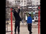 Упражнение в паре на прокачку рук и связок