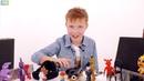 Мир мальчишек • Никита в пиццерии ФНАФ! Нападение аниматроников!