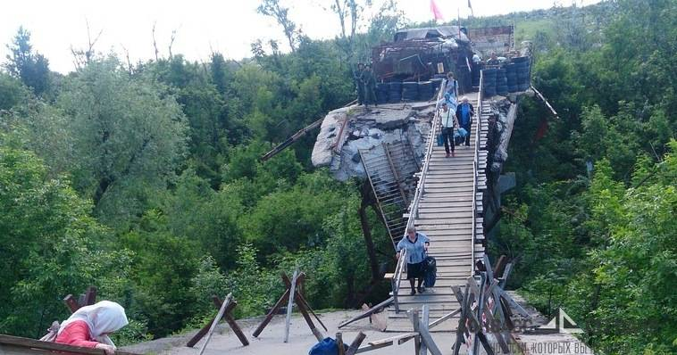 Глава ОБСЕ посетил ЛНР и увидел кошмарный мост (фото)