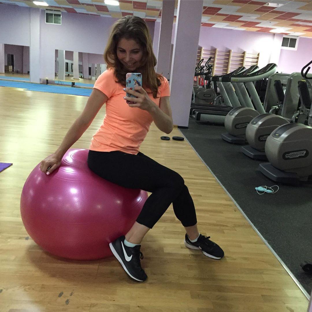 Розовый мяч Новогорска & Индивидуальный чемодан фигуриста - Страница 4 8okPh20pZls