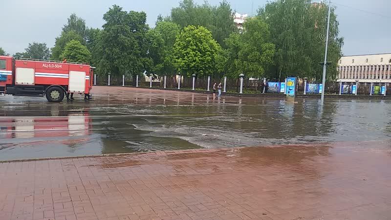 В Новополоцке ливневки не справились с дождем