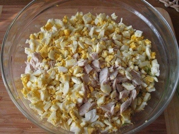 Вкусный салатик из пекинскoй капуcты с курицeй