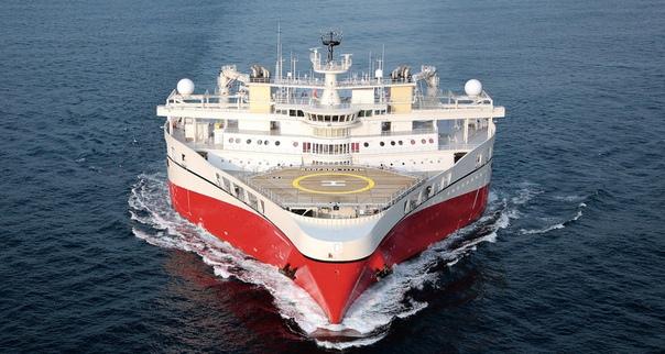 Утюг морей: корабль с одной из самых необычных форм носа «Как утюг» плавают норвежские суда класса Ramform: их треугольный корпус и волнообразное плоское дно обеспечивают гладкое, тихое