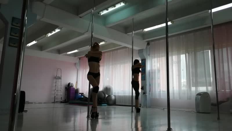 Exotic Pole 🌘✨ Виктория Цыбульская.